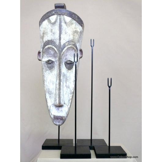 Socle 62 cm pour masque en bois
