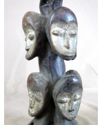 Statuette de chasseur Léga de RDC