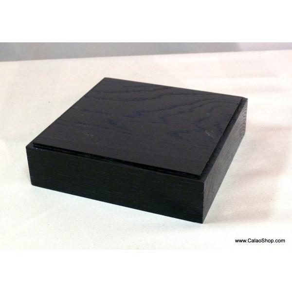 socle pour statuette et sculpture en ch ne d coration. Black Bedroom Furniture Sets. Home Design Ideas