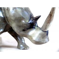 Très grand rhinocéros en ébène gris
