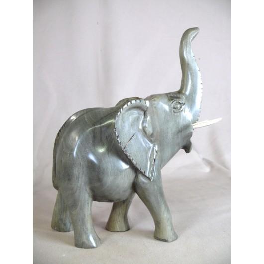 Eléphant africain en ébène...