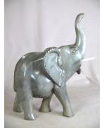 Eléphant africain en ébène gris