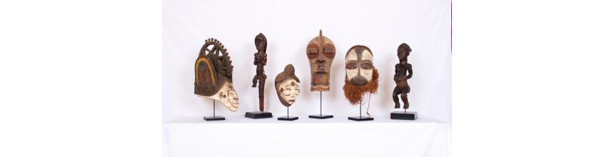 socle pour masques et statuettes - masque africain, art africain